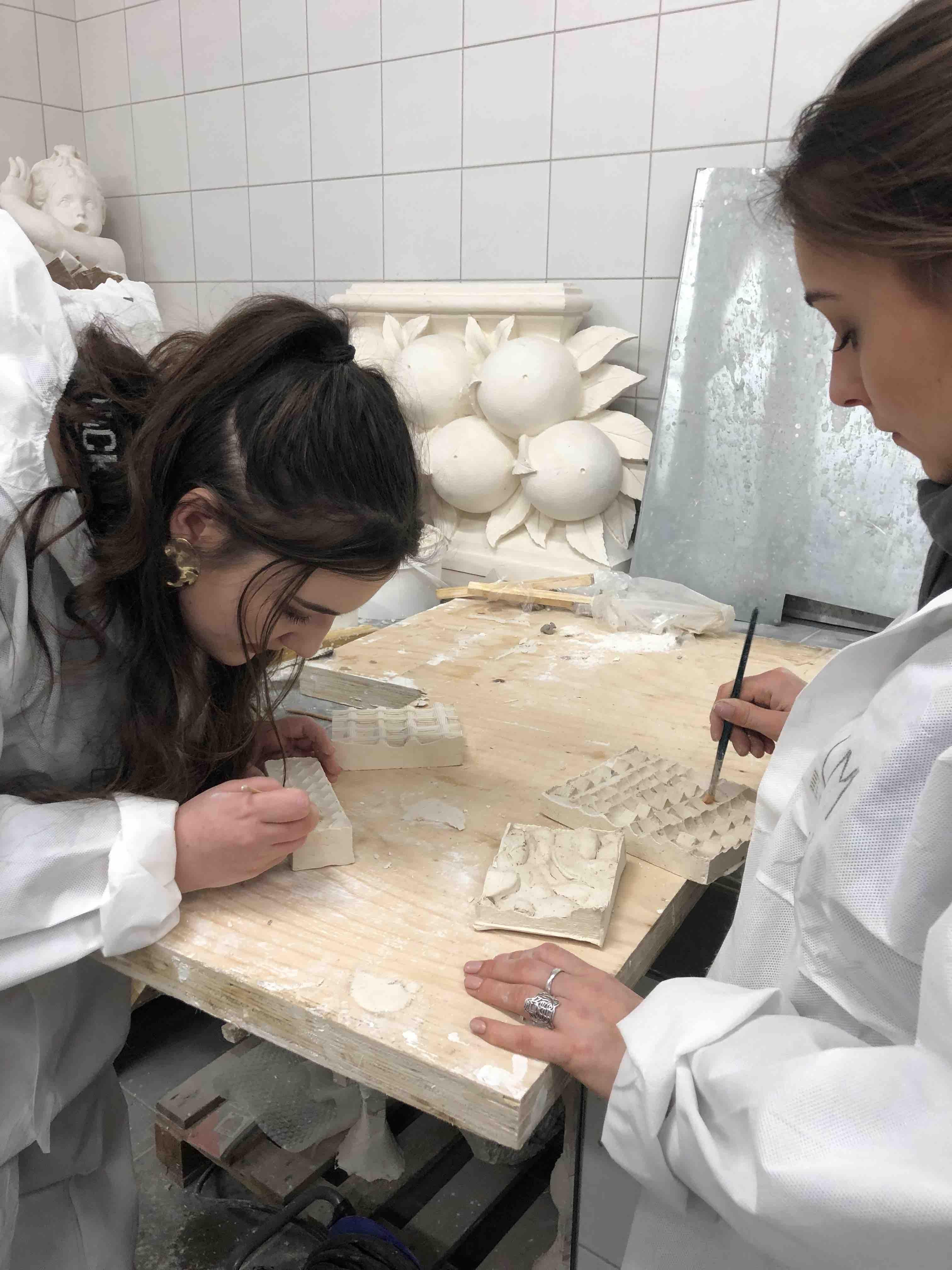 l'école Camondo chez Tollis, sculpteur, staffeur ornemaniste